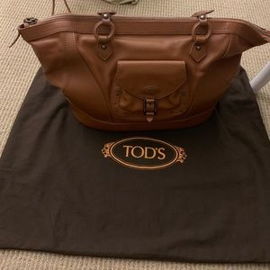 Tods handbag ( great condition barely use) leather